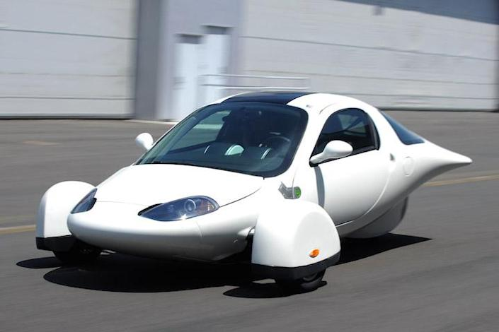 Six Electric Car Companies That Aimed Big And Failed