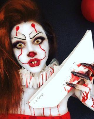 <p>No doubt about it, Pennywise is 2017's go-to Halloween costume.</p>