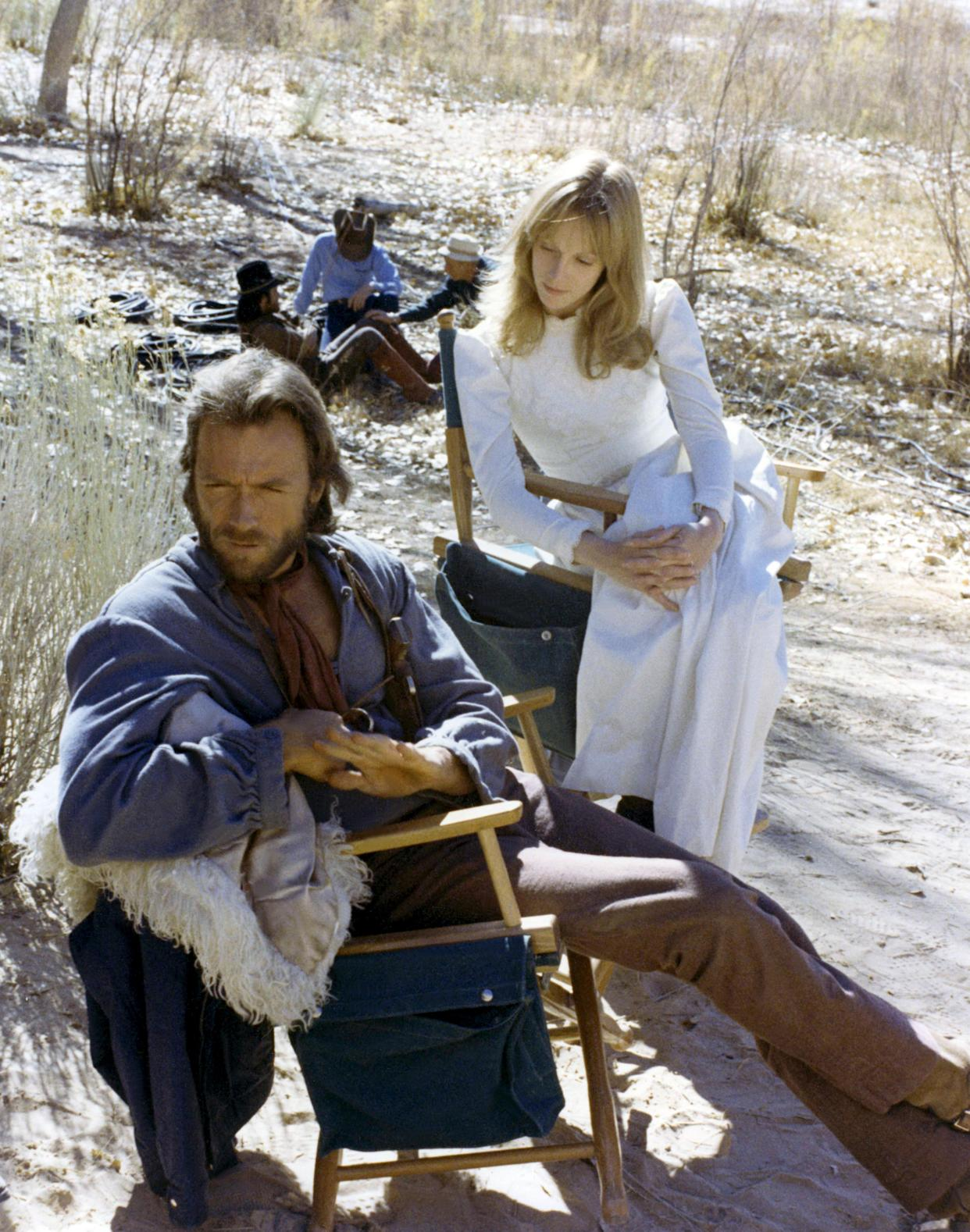 Clint Eastwood and Sondra Locke on the set of <em>The Outlaw Josey Wales</em> (Photo: Everett Collection)