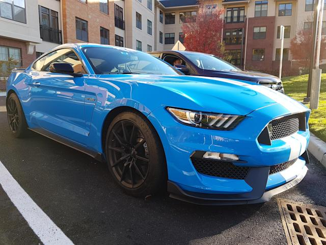 2017 Ford Shelby GT350 in Grabber Blue (Credit: Pras Subramanian)