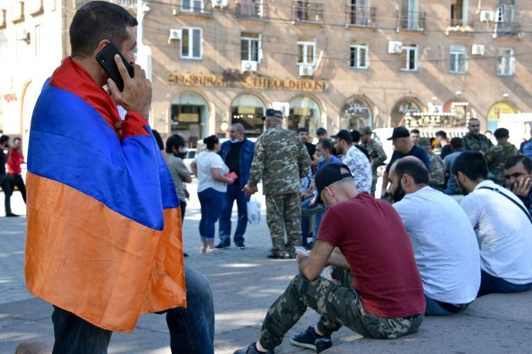 Volunteers and veterans ready to go to the frontline in Nagorny Karabakh gathered in Yerevan