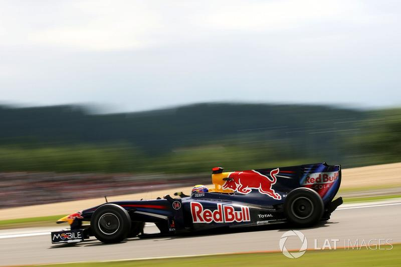 "93: Mark Webber, Red Bull Racing RB5<span class=""copyright"">Sutton Motorsport Images</span>"