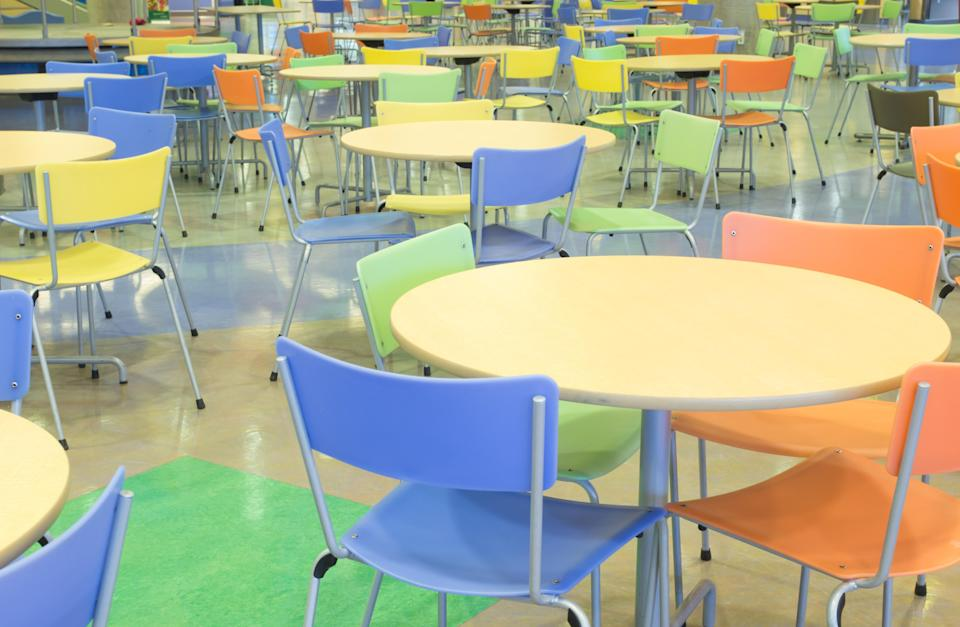 Parents say their kindergarten-age children return from school starving, due to limited lunch breaks. (Photo: Getty Images)