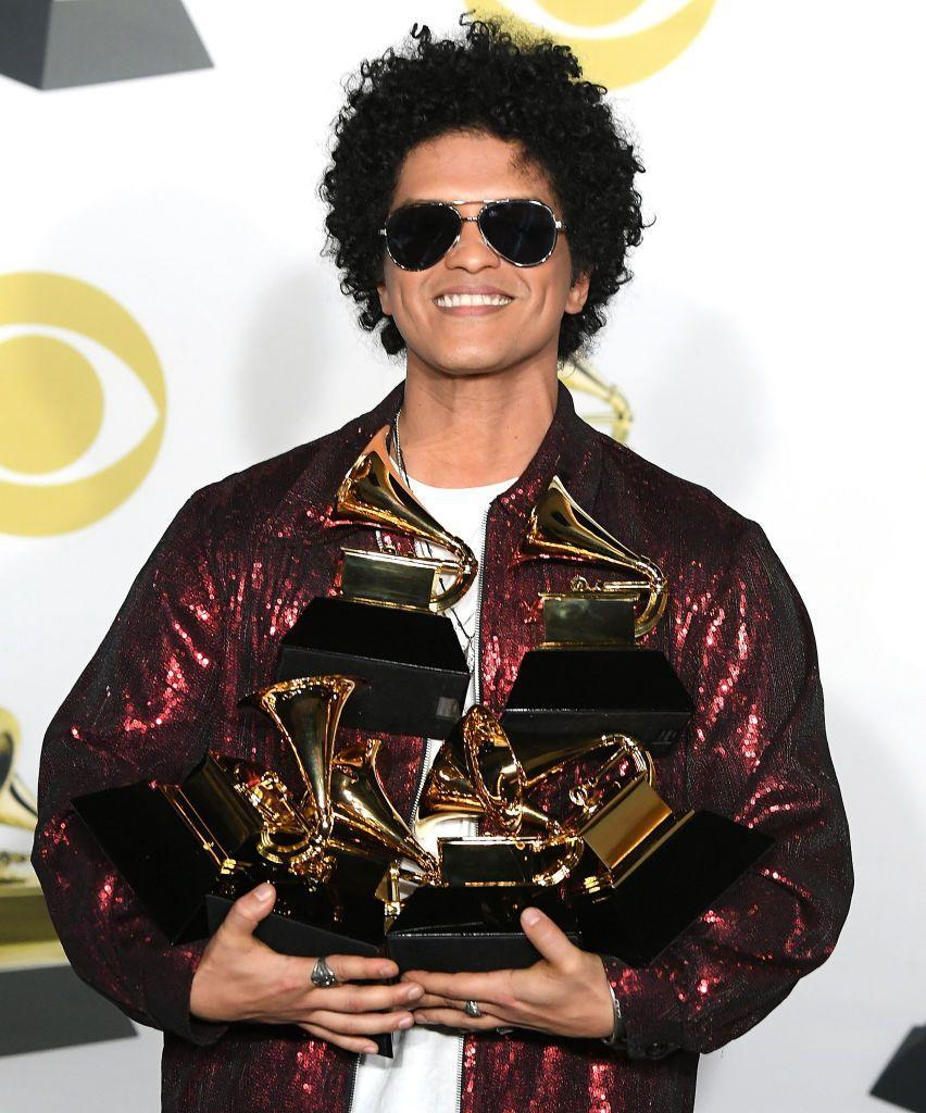 <p>From his hit songs to his flair for fashion, Bruno Mars is a classic Libra.</p>