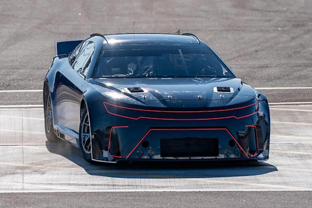 Phoenix test offers closer look at Gen-7 NASCAR