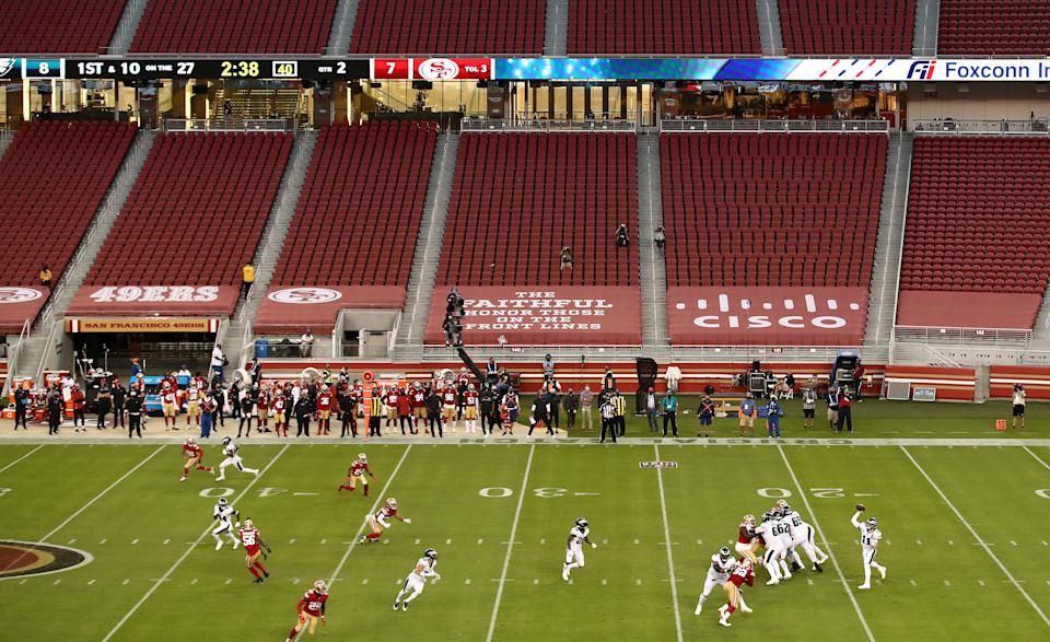SANTA CLARA, CALIFORNIA - OCTOBER 04: A general view of the Philadelphia Eagles playing against the San Francisco 49ers at Levi's Stadium on October 04, 2020 in Santa Clara, California. (Photo by Ezra Shaw/Getty Images)
