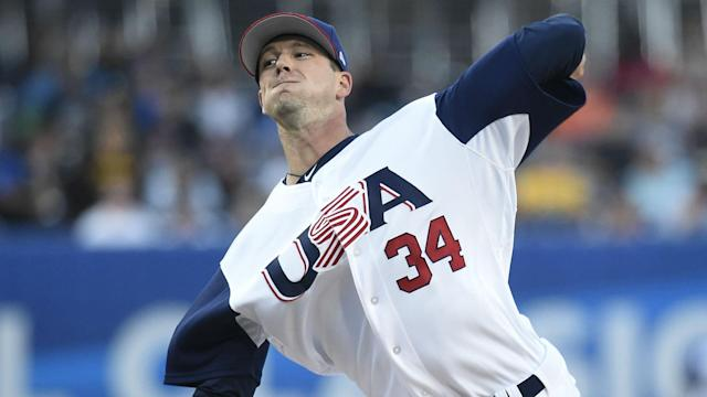 The left-hander's elbow injury could put the spotlight back on the risk involved in pitching in the World Baseball Classic.