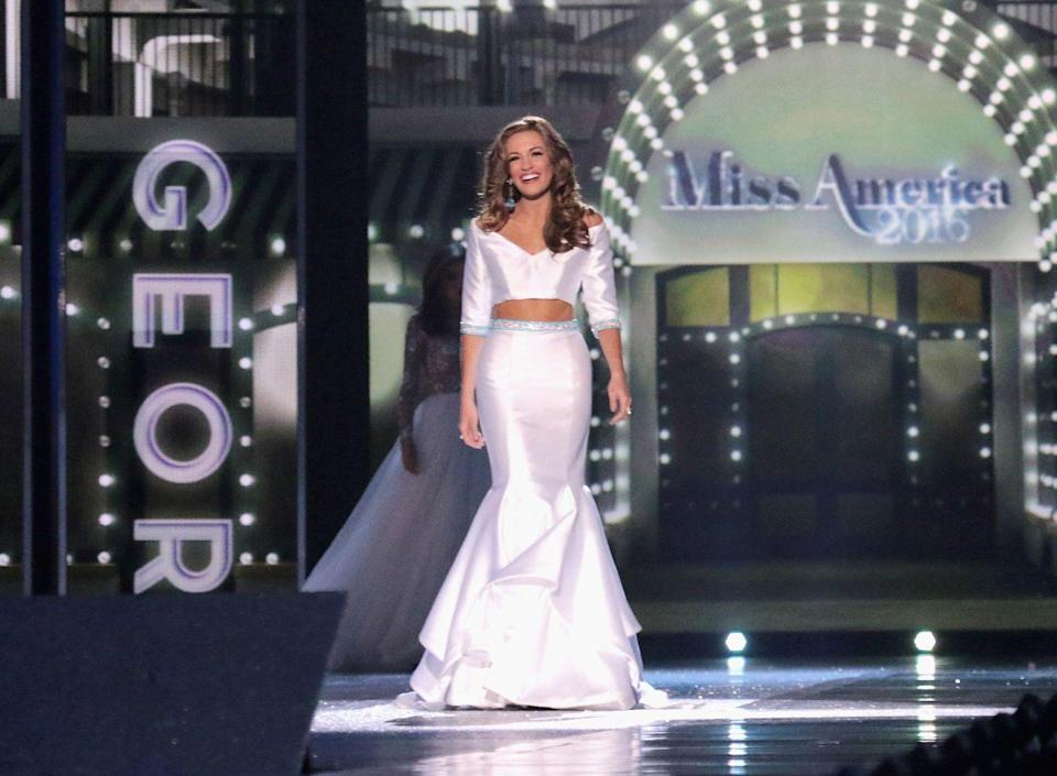 <p>A trendy Betty Cantrell from Georgia arrived on stage in a two-piece gown that exposed her midriff during the 2016 competition. </p>