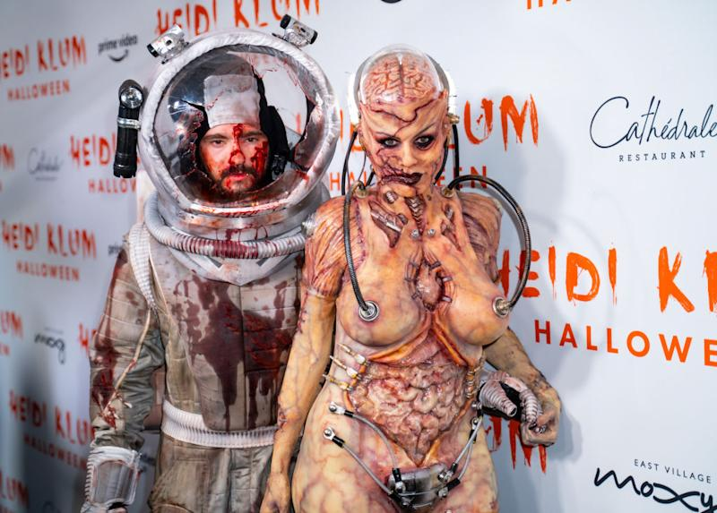 Heidi Klum poses with husbands Tom Kaulitz. [Photo: Getty]