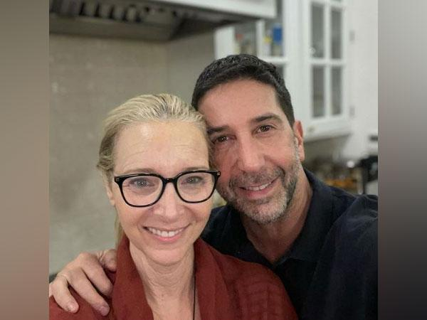 Lisa Kudrow and David Schwimmer (Image courtesy: Instagram)
