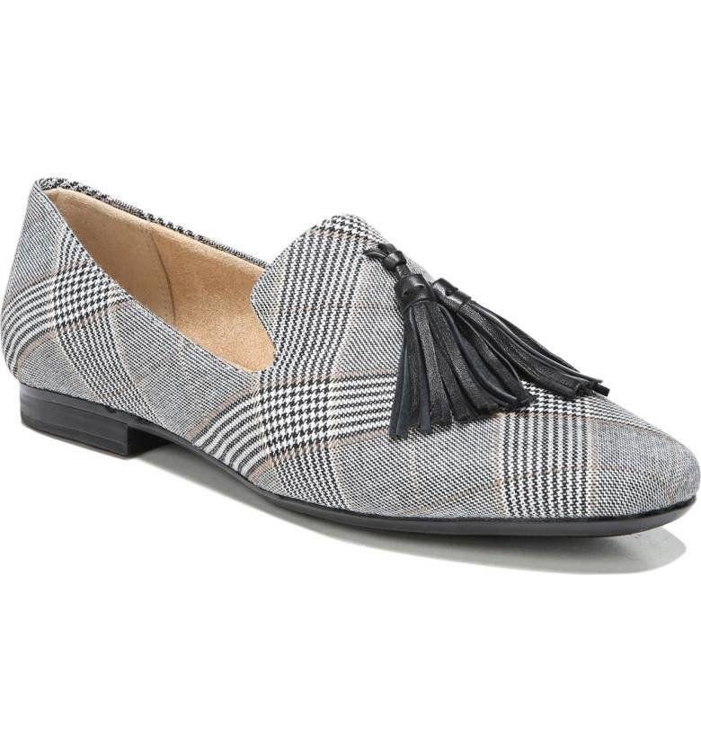 "<a href=""http://shop.nordstrom.com/s/naturalizer-elly-flat-women/4757030?origin=category-personalizedsort&fashioncolor=BLACK%20LEATHER"" target=""_blank"">Shop them here</a>."