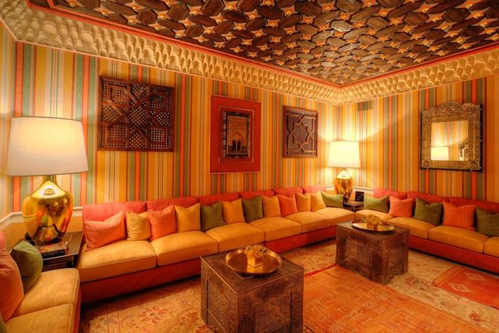 """<p>Guests in the hammam spa can relax amid custom silk wall coverings and upholstery while sipping tea in the <a href=""""http://yhoo.it/1YHLuLI"""" rel=""""nofollow noopener"""" target=""""_blank"""" data-ylk=""""slk:majlis"""" class=""""link rapid-noclick-resp"""">majlis</a>, or waiting room. (Photo by Steve Brown/Sepia Productions)</p>"""