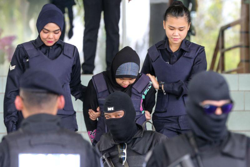 Indonesian Siti Aisyah, who is on trial for the killing of Kim Jong-nam, leaves the Shah Alam Court January 30, 2018. ― Picture by Ahmad Zamzahuri