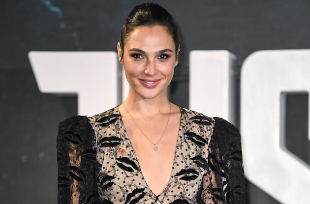 Gal Gadot to co-produce adaptation of Israeli-Palestinian romance
