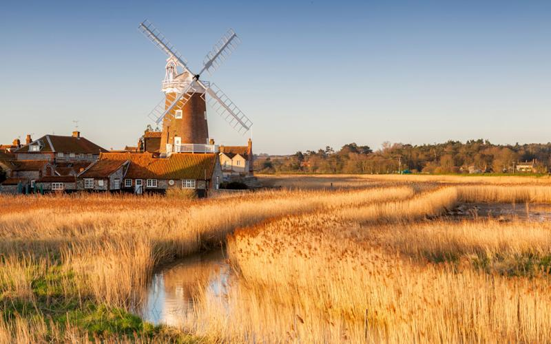 Sandy beaches, lively market towns, sleepy villages, the restful Broads – there's something for everybody in Norfolk - © SyxAxis Photography 2018. This image may not be edited, used or distributed without the express permission of George Johnson or Syxaxis Photography.
