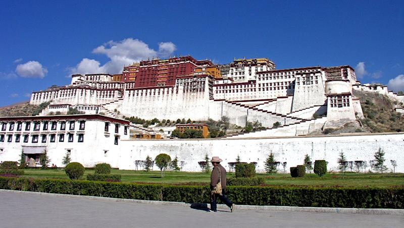 China-US in war of Words as Beijing Accused of 'Systematically Impeding Travel to Tibet'