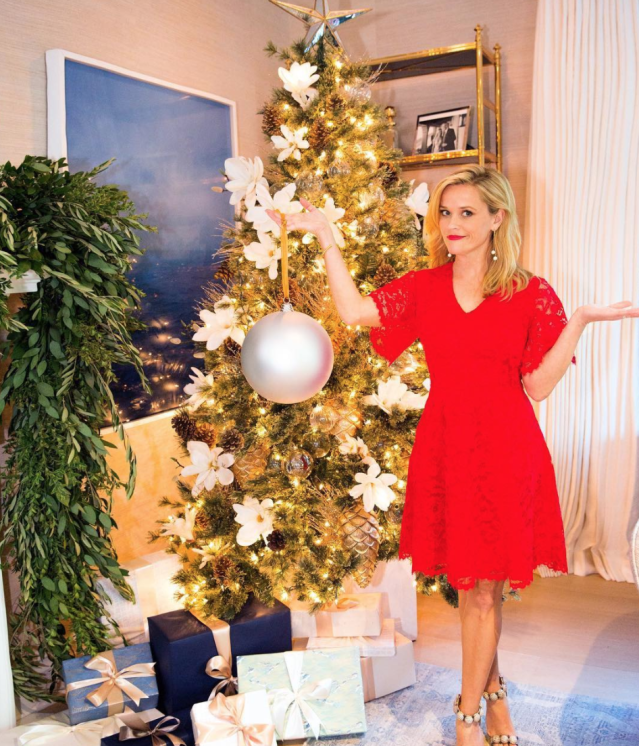 "<p>Witherspoon displayed her tree and an oversized ornament, which apparently wasn't exactly what she had in mind for her tree. ""When you order #Christmas ornaments online,"" she shared. (Photo: <a href=""https://www.instagram.com/p/BcqmssTj38H/?taken-by=reesewitherspoon"" rel=""nofollow noopener"" target=""_blank"" data-ylk=""slk:Reese Witherspoon via Instagram"" class=""link rapid-noclick-resp"">Reese Witherspoon via Instagram</a>) </p>"