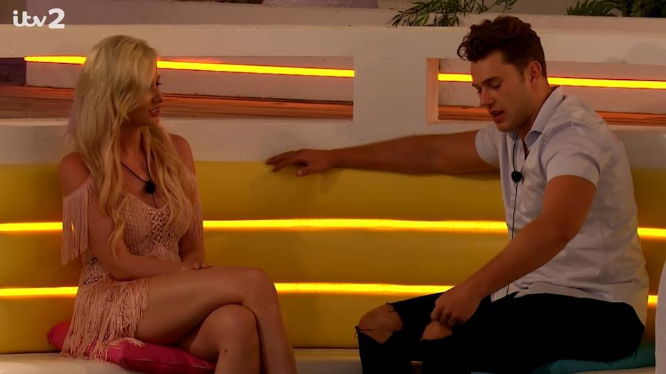 Amy Hart and Curtis Pritchard on 'Love Island' (ITV2)