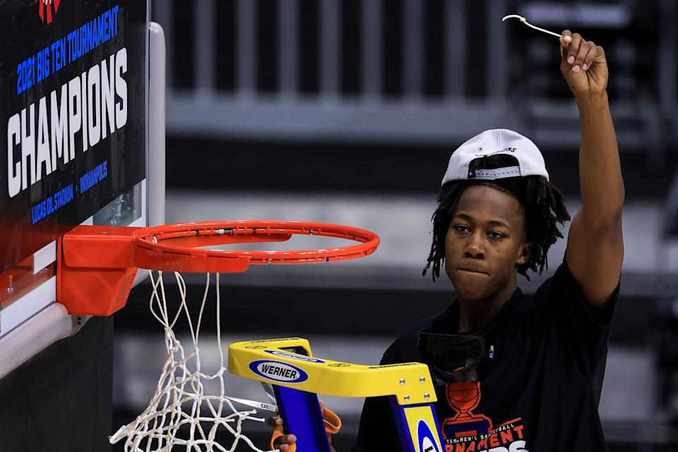 Illinois star Ayo Dosunmu celebrates the Fighting Illini's win over Ohio State in the Big Ten title game. Both teams are in action Friday in the first round of the NCAA Tournament.