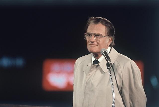 <p>Billy Graham in Tokyo on a six-city tour of Japan in which he delivered the Christian message. He spoke to a capacity crowd of 43,000 at Korakuen Stadium in October 1980. (Photo: AP) </p>