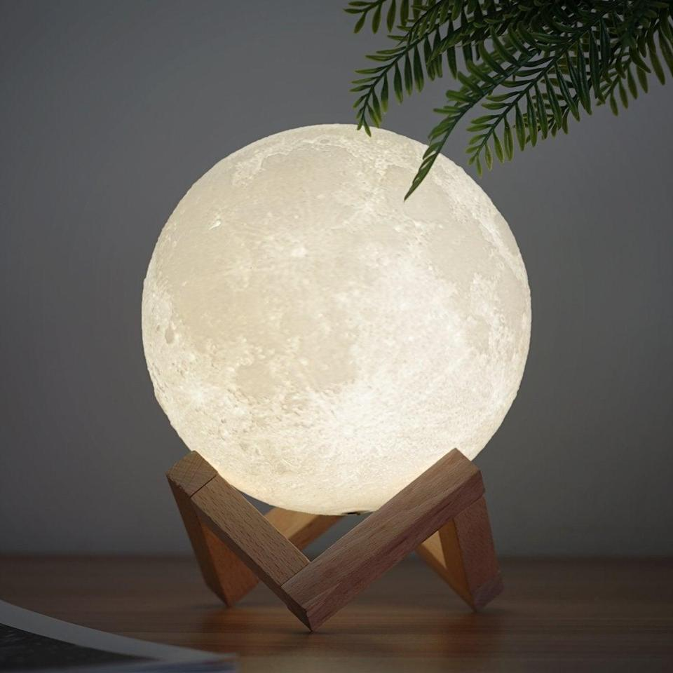 "<h3><a href=""https://amzn.to/38aWYBm"" rel=""nofollow noopener"" target=""_blank"" data-ylk=""slk:Color-Changing Moon Lamp"" class=""link rapid-noclick-resp"">Color-Changing Moon Lamp</a></h3><br>Think of it as the grown-up, mystical-chic version of a lava lamp.<br><br><strong>Mydethun</strong> Moon Lamp, $, available at <a href=""https://amzn.to/38aWYBm"" rel=""nofollow noopener"" target=""_blank"" data-ylk=""slk:Amazon"" class=""link rapid-noclick-resp"">Amazon</a>"