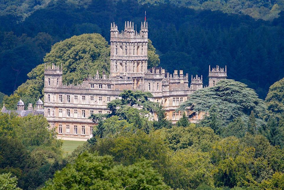 """<p>Fans of <em>Downton Abbey</em> will surely recognize <a href=""""https://www.highclerecastle.co.uk"""" rel=""""nofollow noopener"""" target=""""_blank"""" data-ylk=""""slk:Highclere Castle"""" class=""""link rapid-noclick-resp"""">Highclere Castle</a> as it was the main setting for the entirety of the Emmy Award-winning show. In reality tho, the structure in Hampshire, England, was a functioning estate throughout much of the 17th and 18th centuries.</p>"""