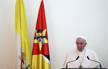 Pope Francis delivers a speech during a meeting with authorities, leaders of civil society and the diplomatic corps at the Palacio da Ponta Vermelha in Maputo