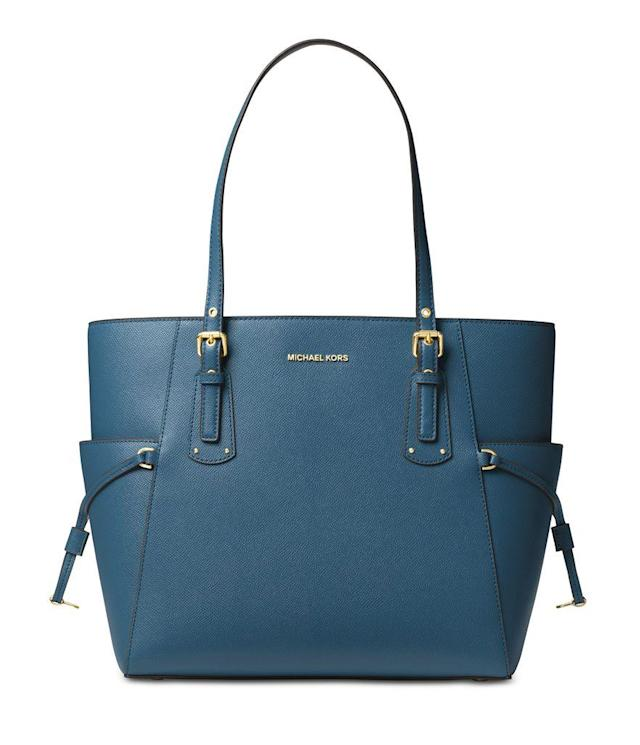 05b6825744f2 Hurry! Michael Kors bags are majorly discounted right now