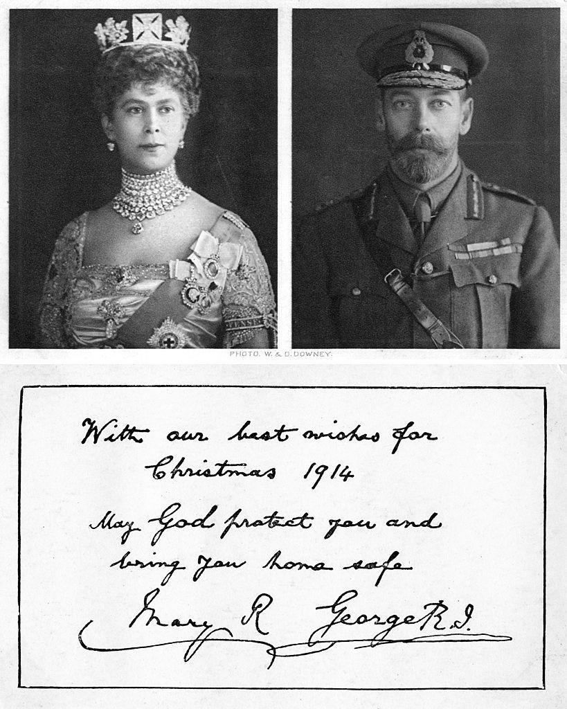 <p>Queen Elizabeth II's grandparents Queen Mary and King George V sent out this card–and their blessing–to the troops involved in WWI.</p>