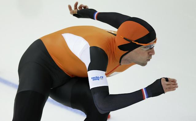 Mark Tuitert of the Netherlands competes in the men's 1,000-meter speedskating race at the Adler Arena Skating Center at the 2014 Winter Olympics in Sochi, Russia, Wednesday, Feb. 12, 2014. (AP Photo/David J. Phillip )