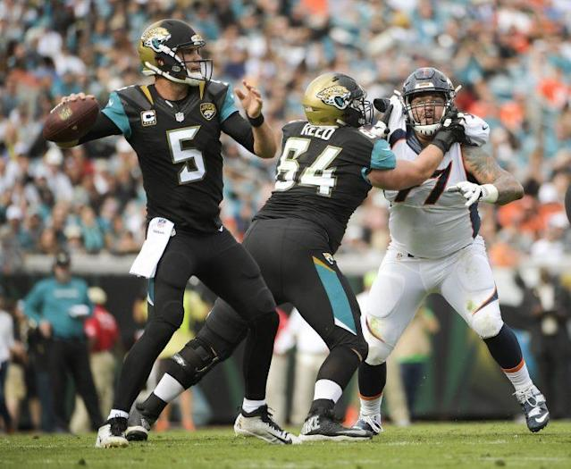 4f6f9447 What can the Jaguars do about their enormous Blake Bortles problem?