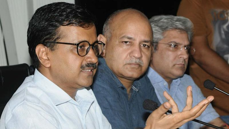 Arvind Kejriwal, Manish Sisodia Summoned by Delhi Court on July 16 In Connection to Vijender Gupta's Defamation Suit