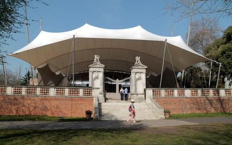 The open air Holland Park Theatre, home of the Opera Holland Park - Credit: Alamy