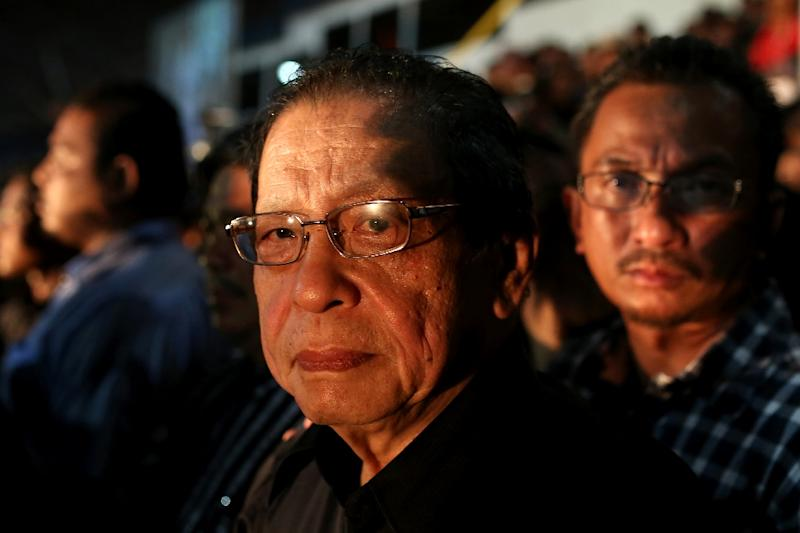 Malaysia's opposition Democratic Action Party leader Lim Kit Siang has ridiculed PM Najib Razak's call for more transparency (AFP Photo/Mohd Rasfan)