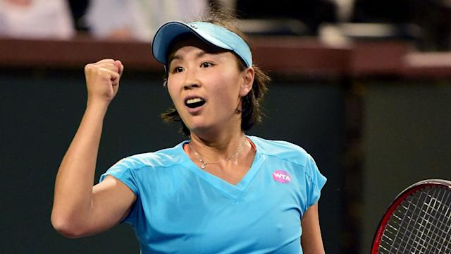 Peng Shuai and Wang Qiang are the top two seeds in Zhengzhou and both players made light work of their first-round opponents on Monday.