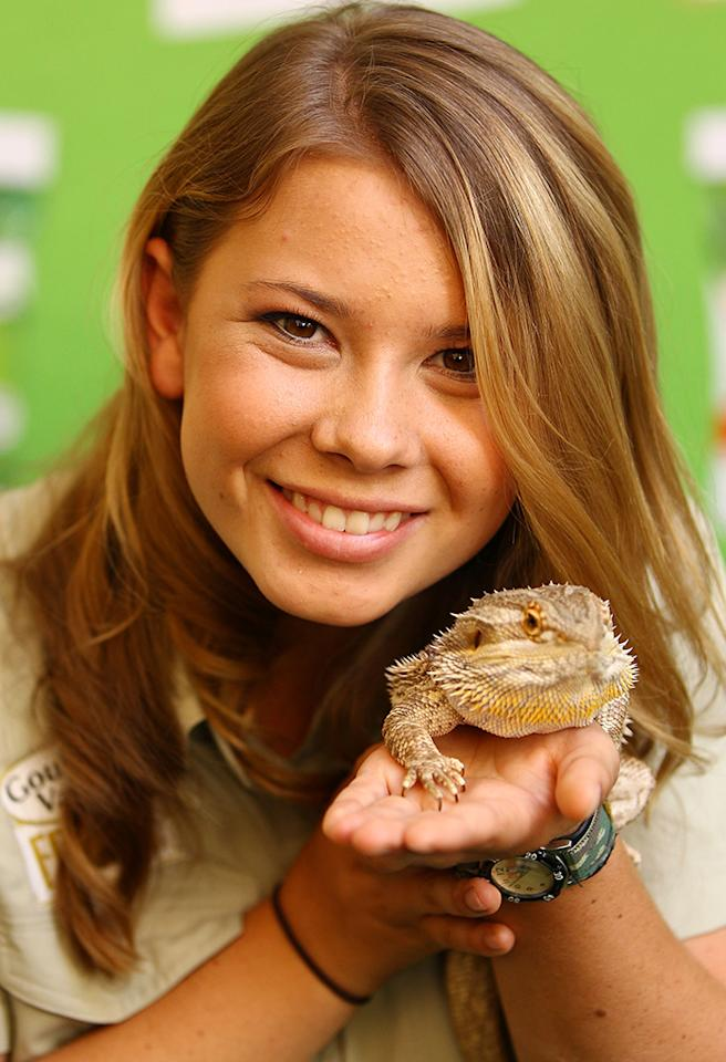 SYDNEY, AUSTRALIA - FEBRUARY 18:  Bindi Irwin poses with a lizard during the Goulburn Valley Fresh launch at Martin Place on February 18, 2013 in Sydney, Australia.  (Photo by Don Arnold/WireImage)