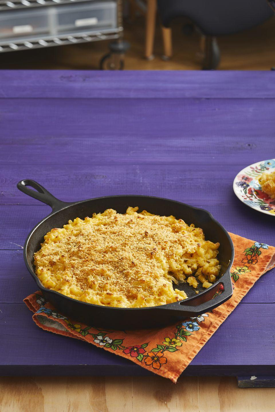 "<p>You might want to make two batches of this creamy, fall-inspired mac and cheese. It'll likely be the first Thanksgiving side dish on your table to completely disappear!</p><p><strong><a href=""https://www.thepioneerwoman.com/food-cooking/recipes/a32947627/butternut-squash-mac-and-cheese-recipe/"" rel=""nofollow noopener"" target=""_blank"" data-ylk=""slk:Get the recipe."" class=""link rapid-noclick-resp"">Get the recipe.</a></strong></p><p><strong><a class=""link rapid-noclick-resp"" href=""https://go.redirectingat.com?id=74968X1596630&url=https%3A%2F%2Fwww.walmart.com%2Fbrowse%2Fhome%2Fcast-iron-cookware%2Fthe-pioneer-woman%2F4044_623679_8140341_1241961%2FYnJhbmQ6VGhlIFBpb25lZXIgV29tYW4ie&sref=https%3A%2F%2Fwww.thepioneerwoman.com%2Ffood-cooking%2Fmeals-menus%2Fg33251890%2Fbest-thanksgiving-sides%2F"" rel=""nofollow noopener"" target=""_blank"" data-ylk=""slk:SHOP CAST-IRON PANS"">SHOP CAST-IRON PANS</a><br></strong></p>"