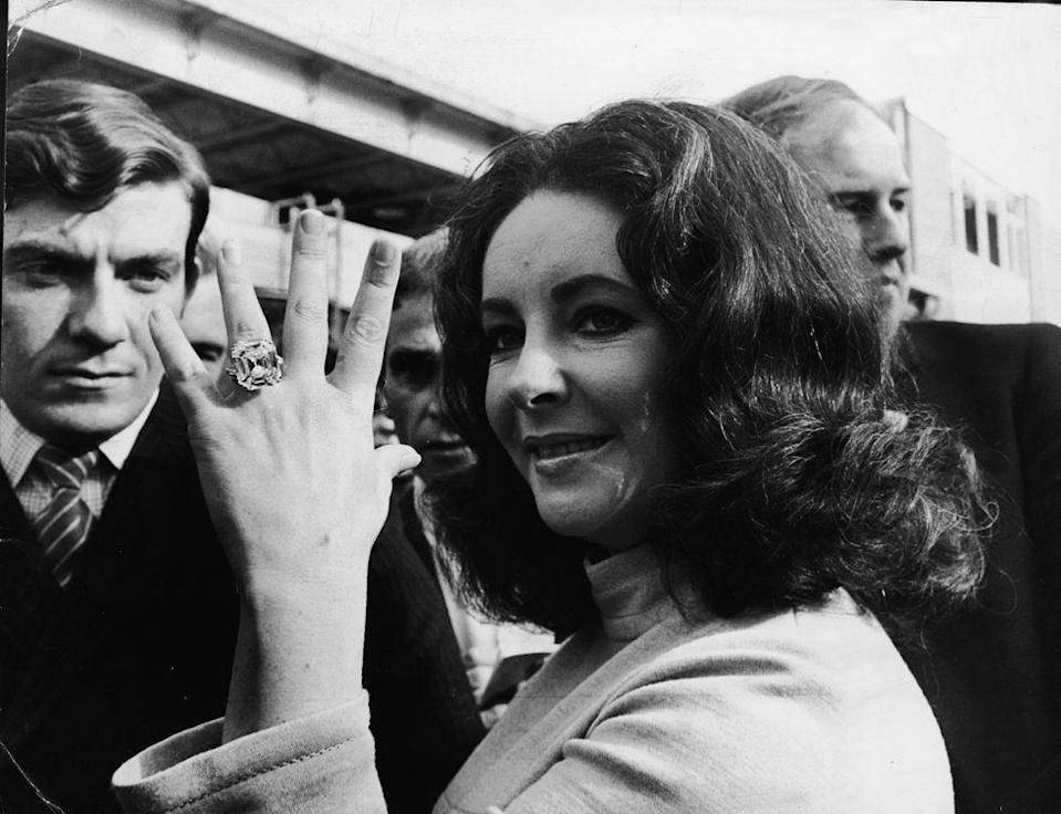 <p>How does someone propose to a woman who's been married four times? With a 39.19 carat Asscher cut diamond. Elizabeth Taylor's ring, which is known as the Krupp diamond, sparked a trend of grandiose, over-the-top engagement rings. <br></p>