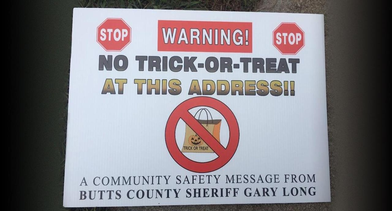Judge Says Sheriff Can't Post Sex Offender Warning Signs on Halloween