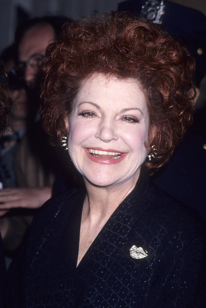 Annie Ross attends the Film Society of Lincoln Center's 21st Annual Gala Salute to Robert Altman on April 18, 1994 at Avery Fisher Hall, Lincoln Center in New York City. (Photo by Ron Galella, Ltd./Ron Galella Collection via Getty Images)