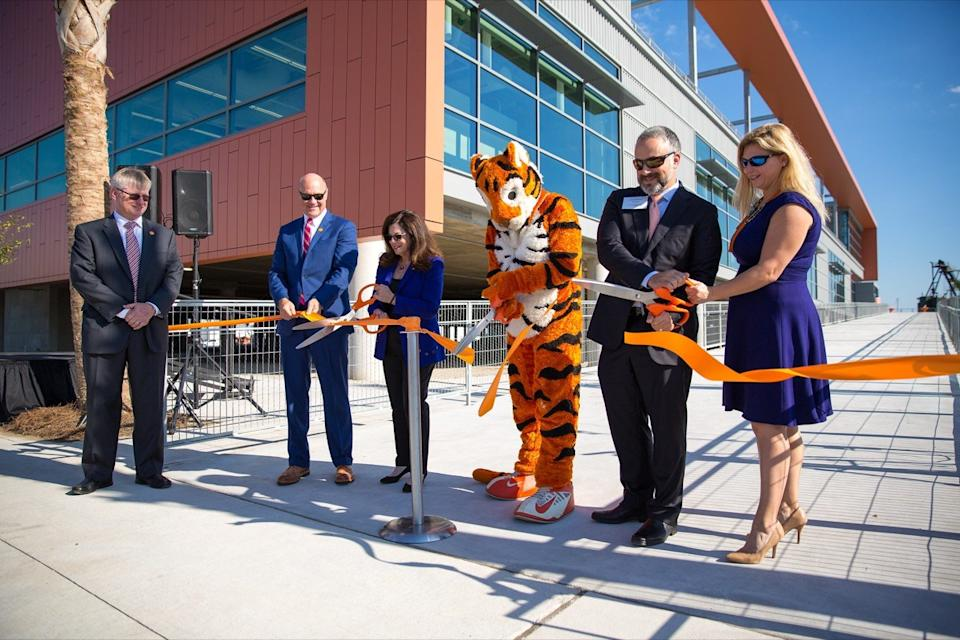 Clemson University opens the Zucker Family Graduate Education Center in North Charleston, SC. The .5 million, 70,000 square foot facility is home to master's degrees and doctorate in an array of engineering and IT-related fields.