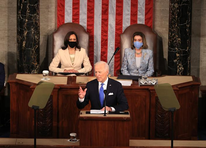 Kamala Harris, Joe Biden y Nancy Pelosi