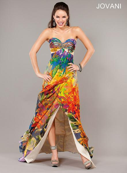 """<div class=""""caption-credit"""">Photo by: Jovani</div><a href=""""http://www.jovani.com/prom-dresses/jovani-3440-111389"""" rel=""""nofollow noopener"""" target=""""_blank"""" data-ylk=""""slk:Jovani 3440, $550"""" class=""""link rapid-noclick-resp""""><b>Jovani 3440, $550</b></a> <br> Why not save your money and wrap yourself in a colorful beach towel? <br> <br>"""