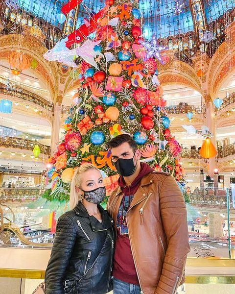 "<p>The <em>Selling Sunset</em> star is spending time in her model husband's home country of France this holiday season, masking up and enjoying the Christmas festivities in the City of Light. ""Le temps de noël à Paris! ❤️"" Fitzgerald captioned <a href=""https://www.instagram.com/p/CIthtCfFwkB/"" rel=""nofollow noopener"" target=""_blank"" data-ylk=""slk:this photo"" class=""link rapid-noclick-resp"">this photo</a>, which translates to ""Christmas time in Paris!"" </p>"