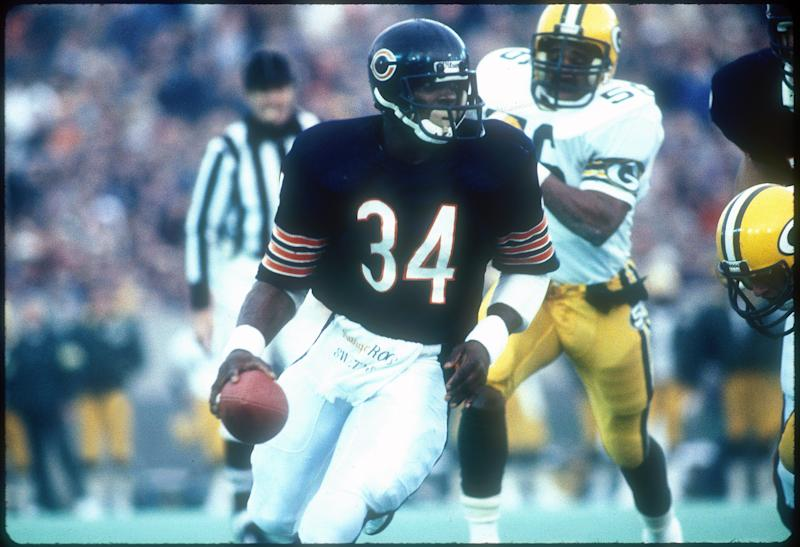 Running back Walter Payton of the Chicago Bears.
