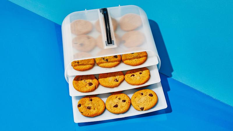 The Test Kitchen Swears By This Cookie and Cake Carrier