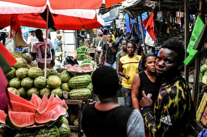 Masks and distancing not required: A market in Dar es Salaam in mid-April (AFP Photo/Ericky BONIPHACE)