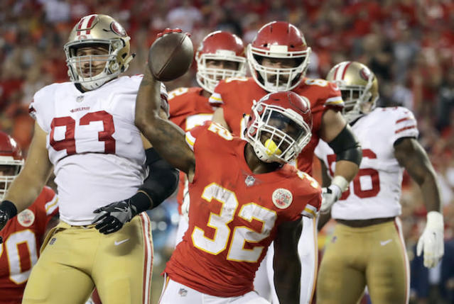 "The fantasy war waged on <a class=""link rapid-noclick-resp"" href=""/nfl/players/26817/"" data-ylk=""slk:Spencer Ware"">Spencer Ware</a> may be baseless says some Yahoo fanalysts. (AP)"