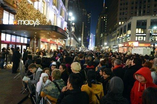 Frenzied US shoppers swarm stores on 'Black Friday'