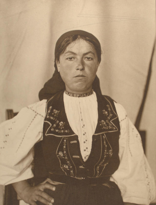 <p>Romanian woman. (Photograph by Augustus Sherman/New York Public Library) </p>